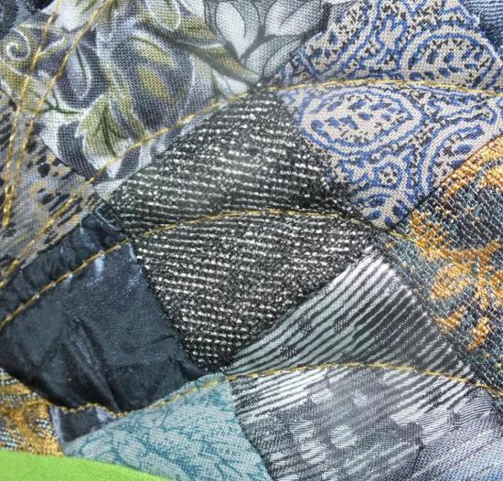 jaillissements-detail-art-textile-jacqueline-fischer.jpg