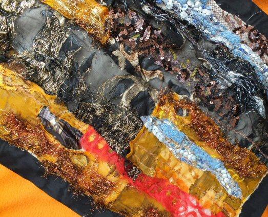Les beaux restes 1 red detail art textile jacqueline foscher