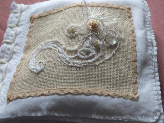 Livre blanc 1 couverture jacqueline fischer art textile